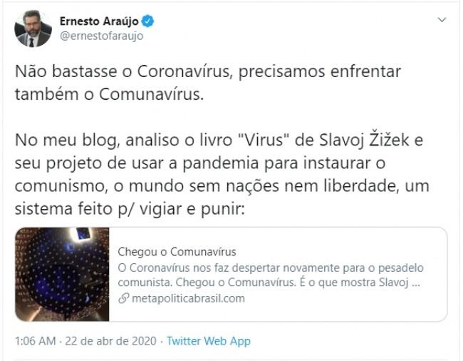 Publicação de Ernesto Araújo no Twitter