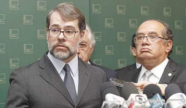 Dias Toffoli e Gilmar Mendes