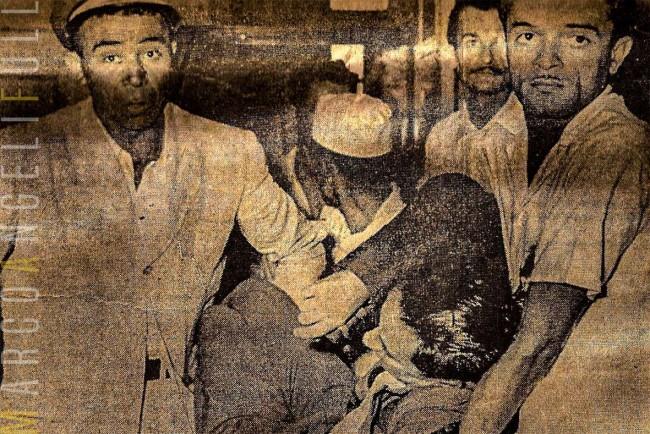 Humberto Mendes sendo retirado, na horizontal, da democrática votação de impeachent, em 1957