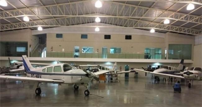 Aviões apreendidos em operação da Polícia Federal contra traficantes