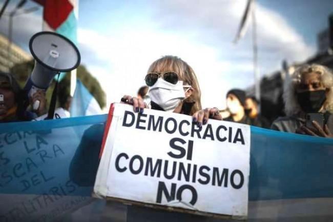 Argentinos protestam, mas trouxeram Kirchner de volta - Reprodução