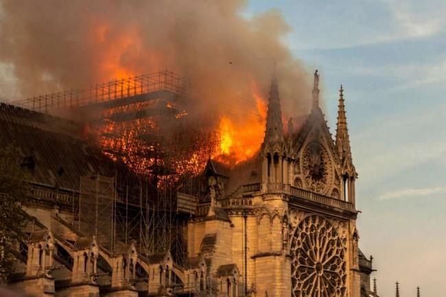 Igreja Notre Dame, na França