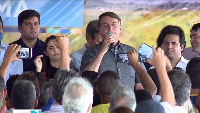 Bolsonaro discursando no Maranhão