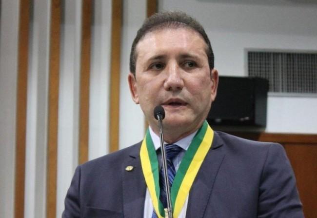 Adail Carneiro
