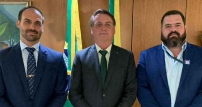 Eduardo, Jair Bolsonaro e Paulo Chuchu