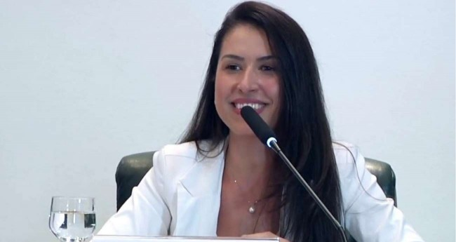 Ludmila Lins Grillo