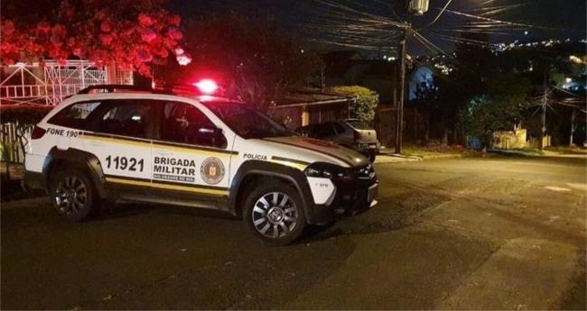 Caso foi registrado na Rua Antônio Carlos Lopes, na Medianeira  - Alfredo Pereira / RBS TV