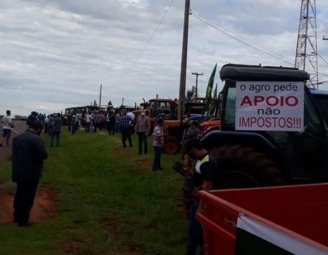 Agricultores em manifestação