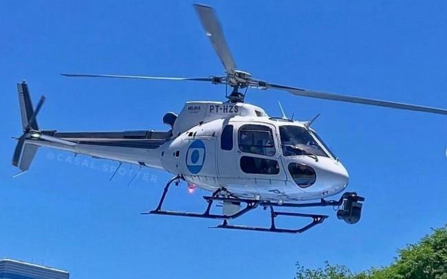 Globocop Esquilo AS350 B2 durante voo em SP