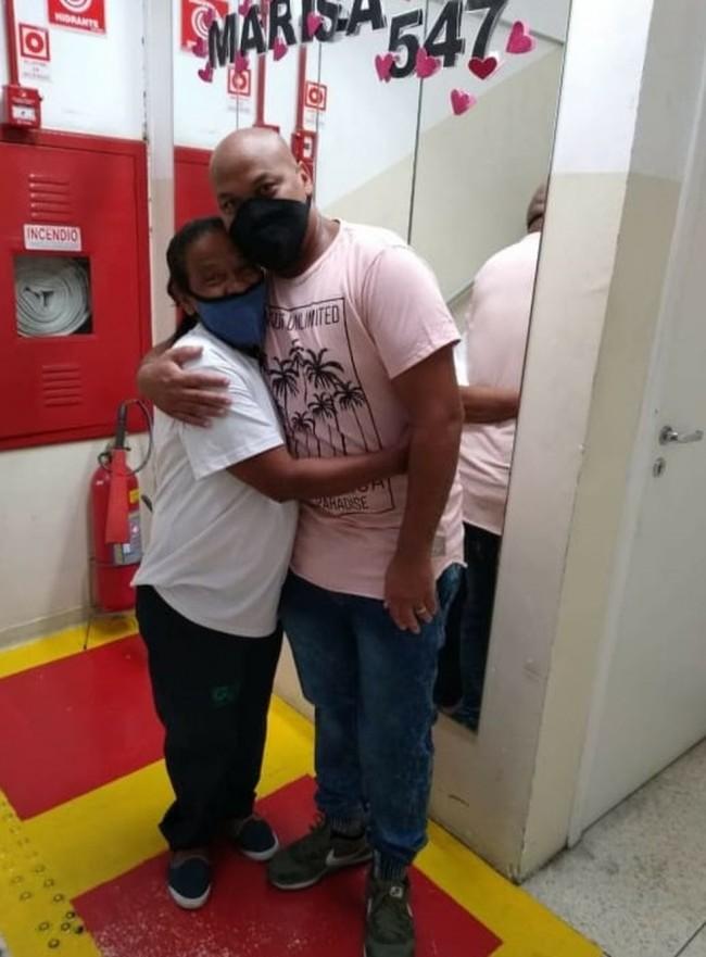 Alex reencontrou família após dois meses preso por erro judiciário em processo criminal do irmão — Foto: Arquivo pessoal/Alex Conceição