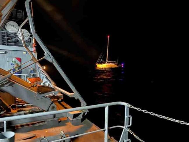 Veleiro interceptado pela Marinha teria saído do Brasil em direção à Europa — Foto: Marinha do Brasil/Divulgação