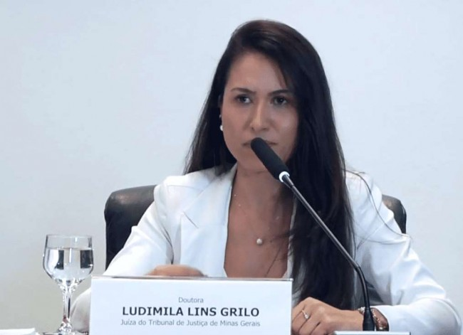 Ludmila Lins Grilo