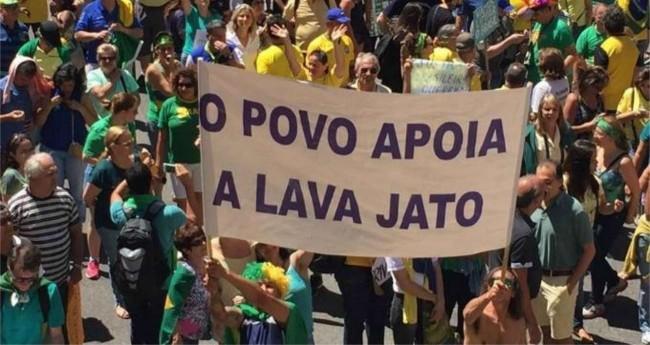 Foto: Vem pra Rua/Facebook/Reprodução