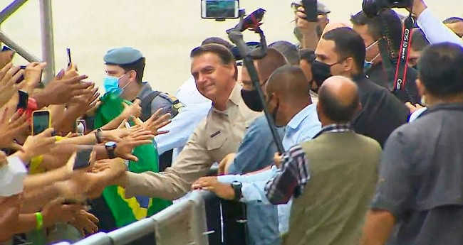 Jair Bolsonaro no Amazonas - Foto: Reprodução/Internet