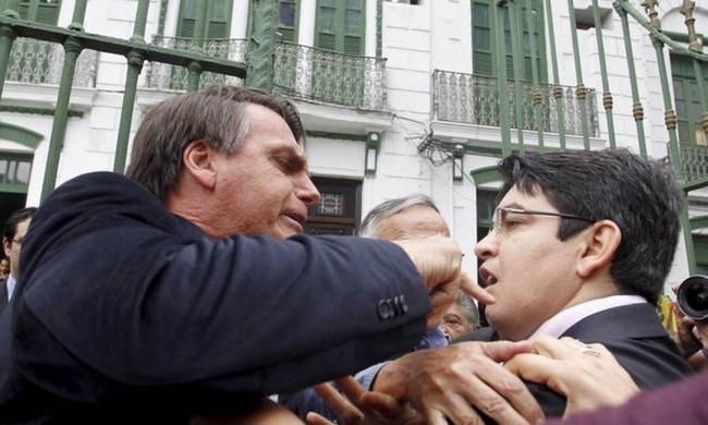 Jair Bolsonaro e Randolfe Rodrigues, em 2013 - Foto: Reprodução